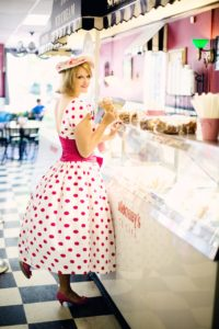 Old School Ice Cream Parlors – As American As Apple Pie